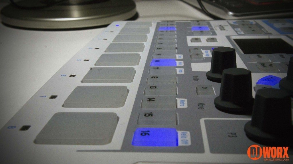 Groovebox group test Maschine Mikro Arturia Spark LE MPC Studio (18)