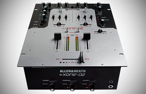 Allen & Heath xone:02 mixer