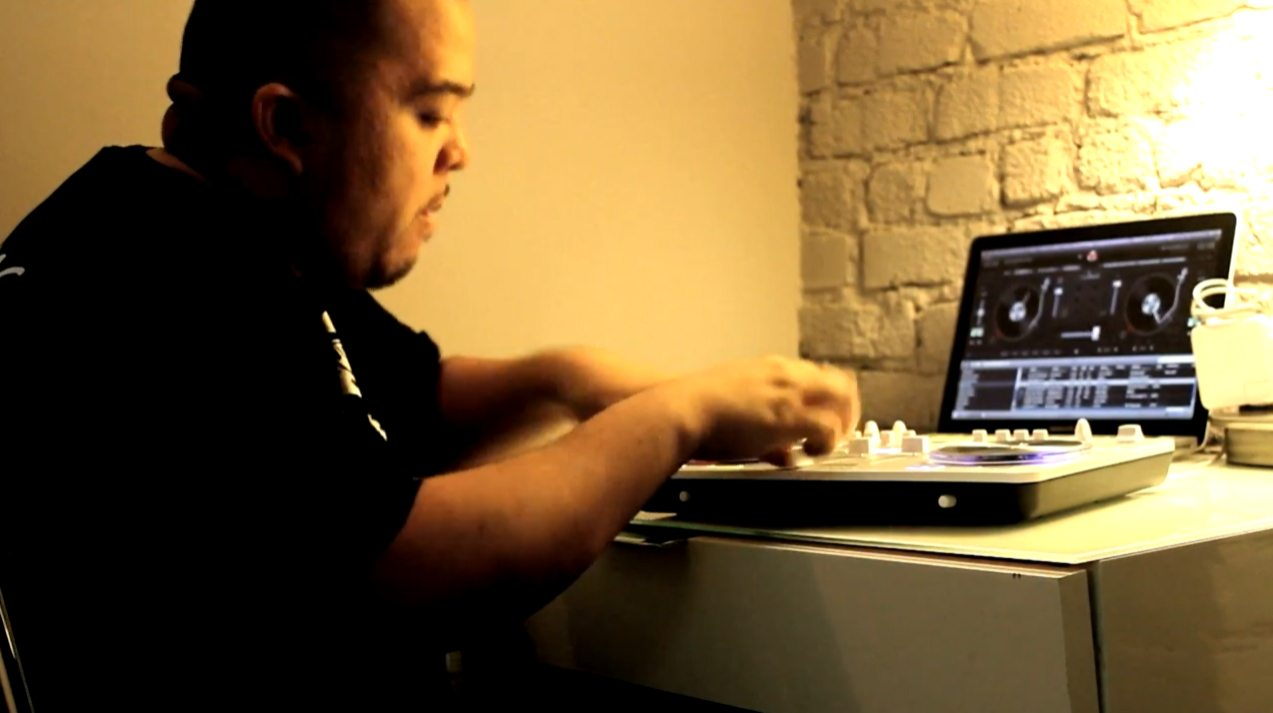 Turntablist meets MIDI controller - Shortkut on djay and Spin 8