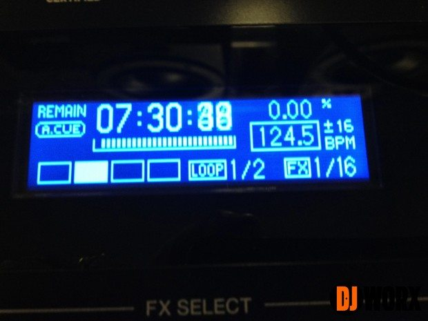 Pioneer XDJ-AERO Hands on Preview (1)