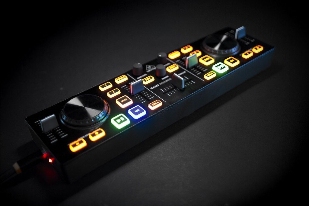 Behringer CMD Micro DJ Controller Review (4)