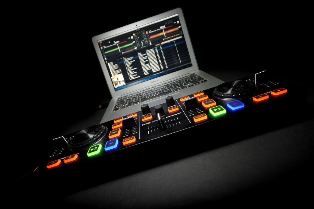 Behringer CMD Micro DJ Controller Review (2)