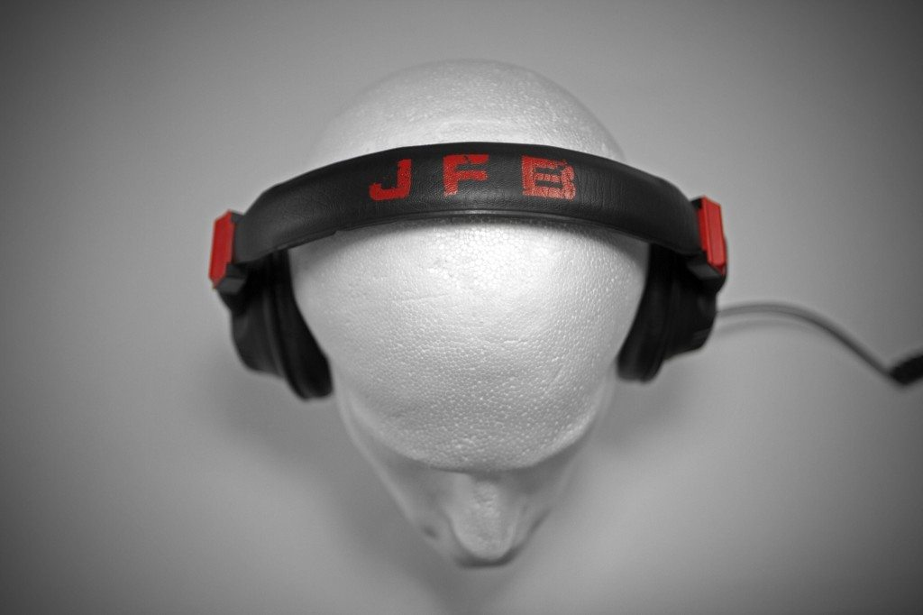 GermanMAESTRO GMP 8.35 D JFB DJ Headphones review (15)