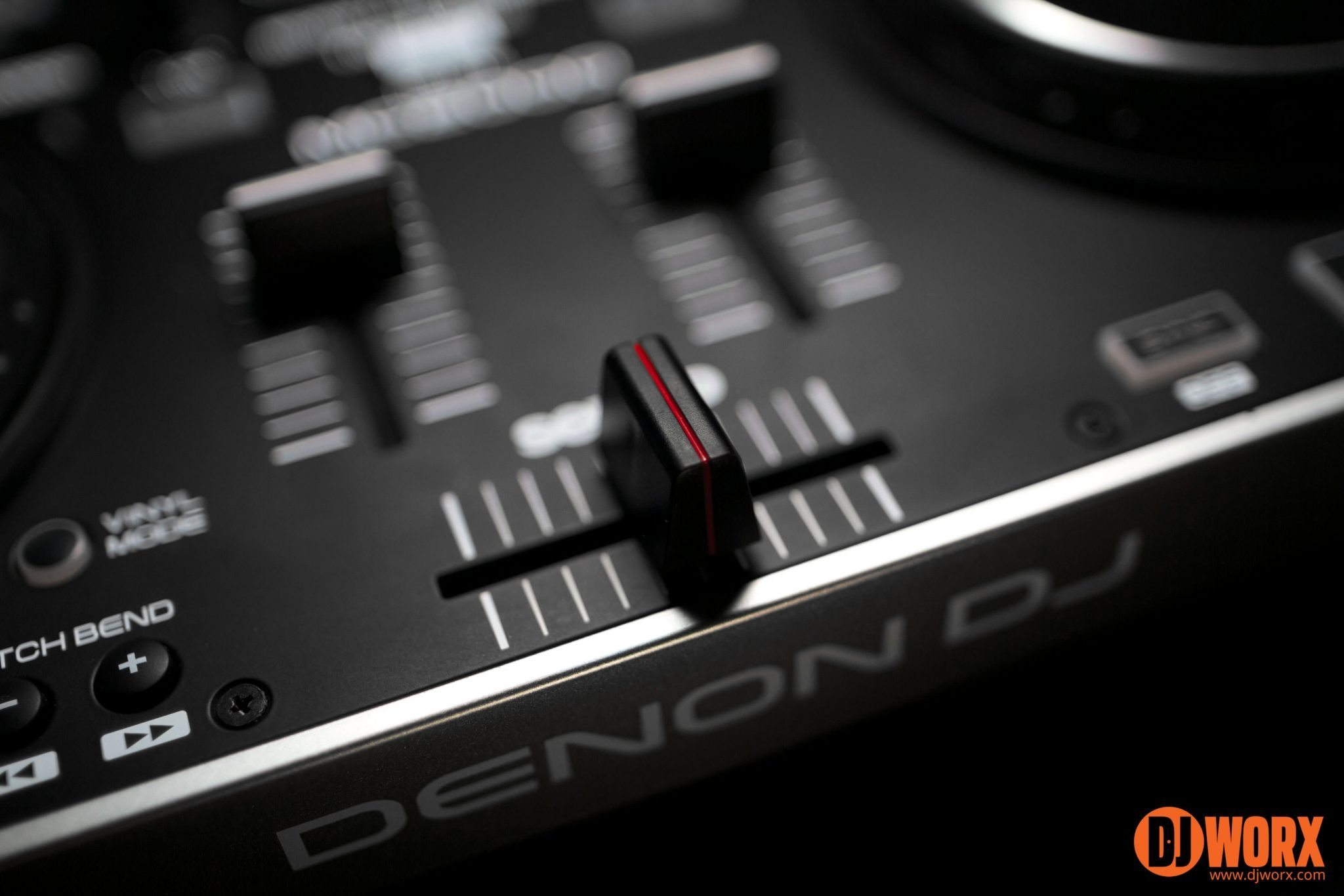 Mini Innofader fitting Denon DJ MC2000 (11)