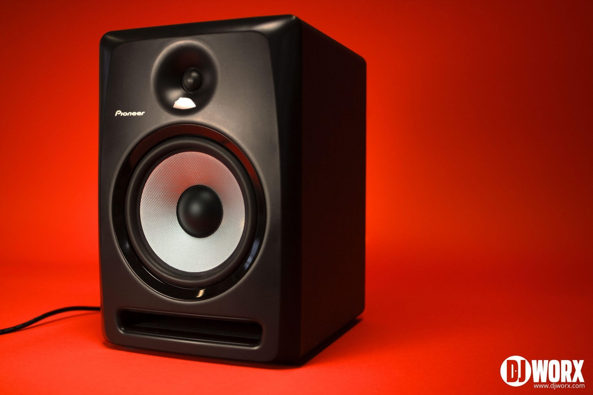 DJ studio monitors Pioneer SDJ80x