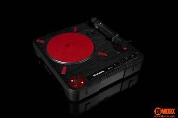 Numark PT01 Scratch portablist portable turntable review (13)