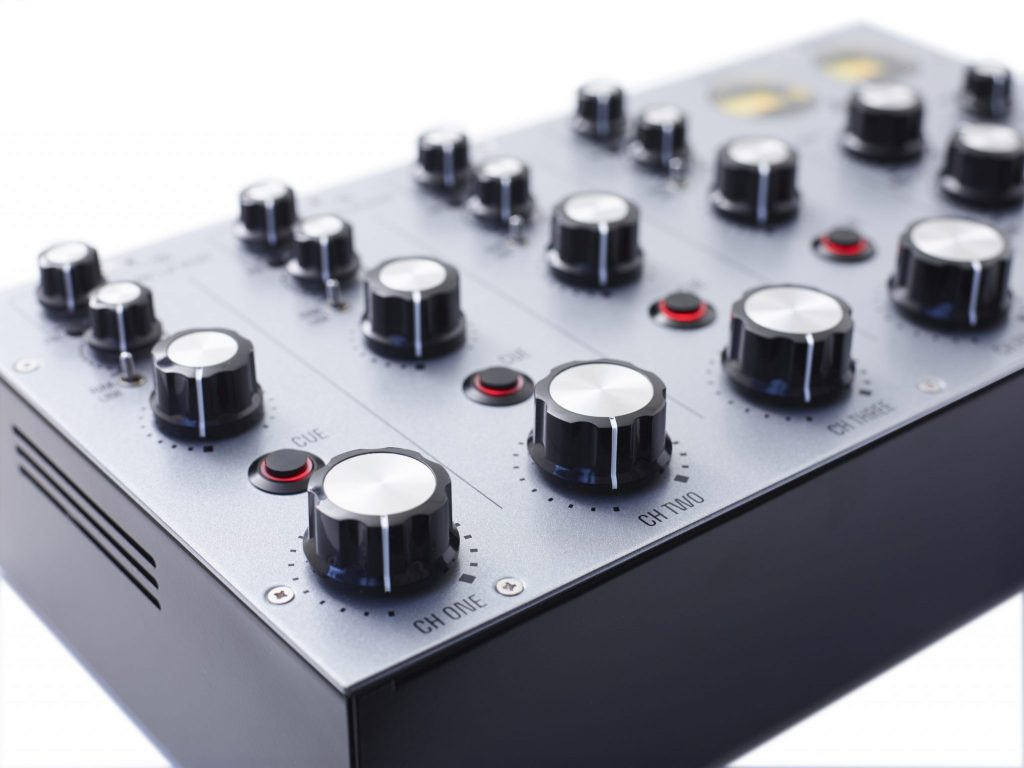 Mastersounds Radius 4 analogue rotary mixer (3)