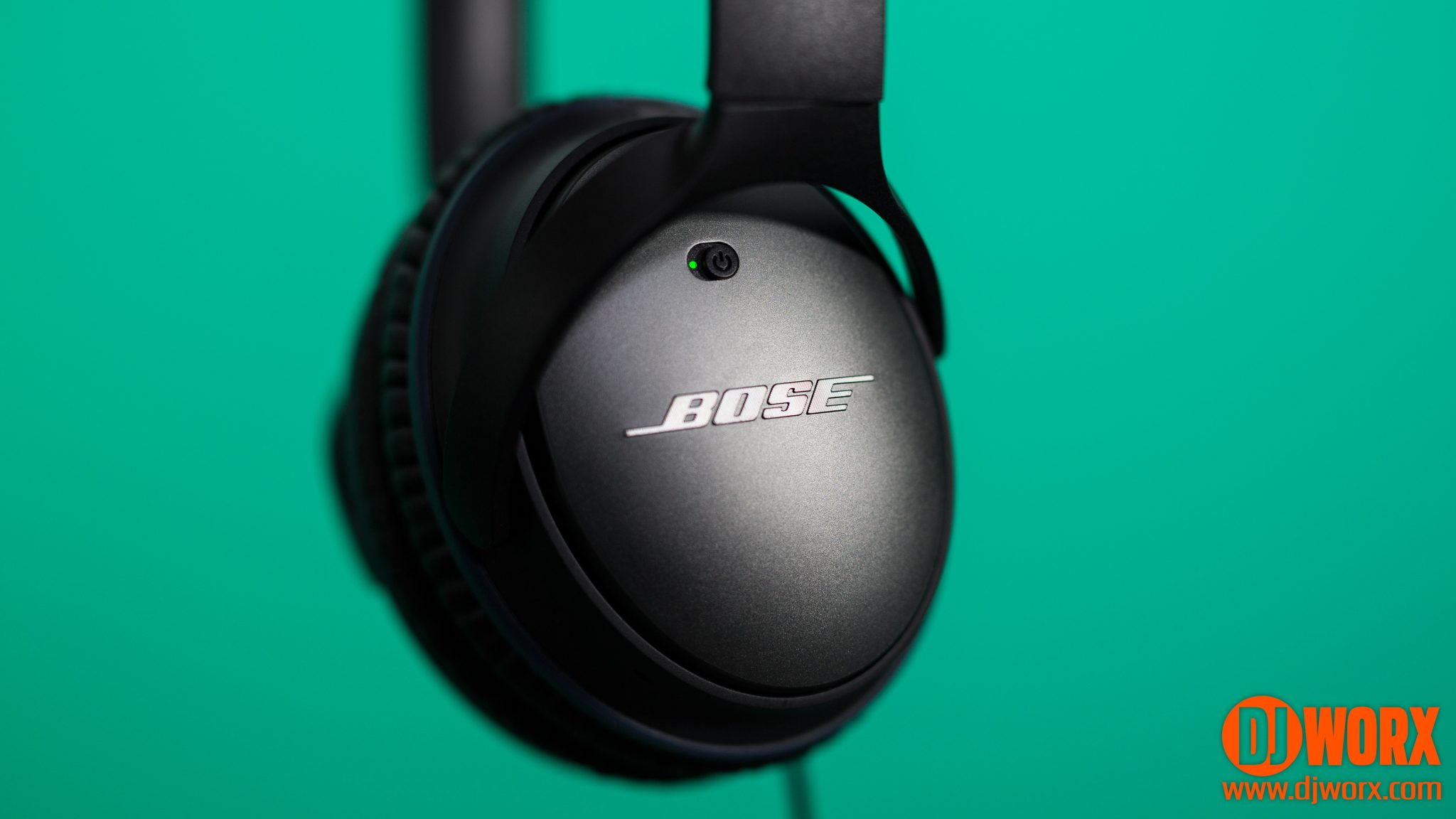 REVIEW: Bose QC20 and QC25 noise-cancelling headphones 5