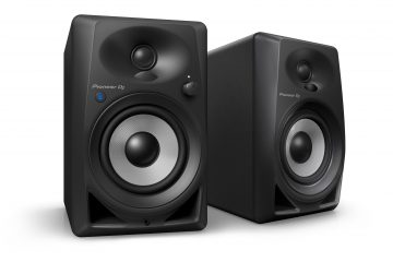 Pioneer DM-40BT bluetooth desktop monitors (5)