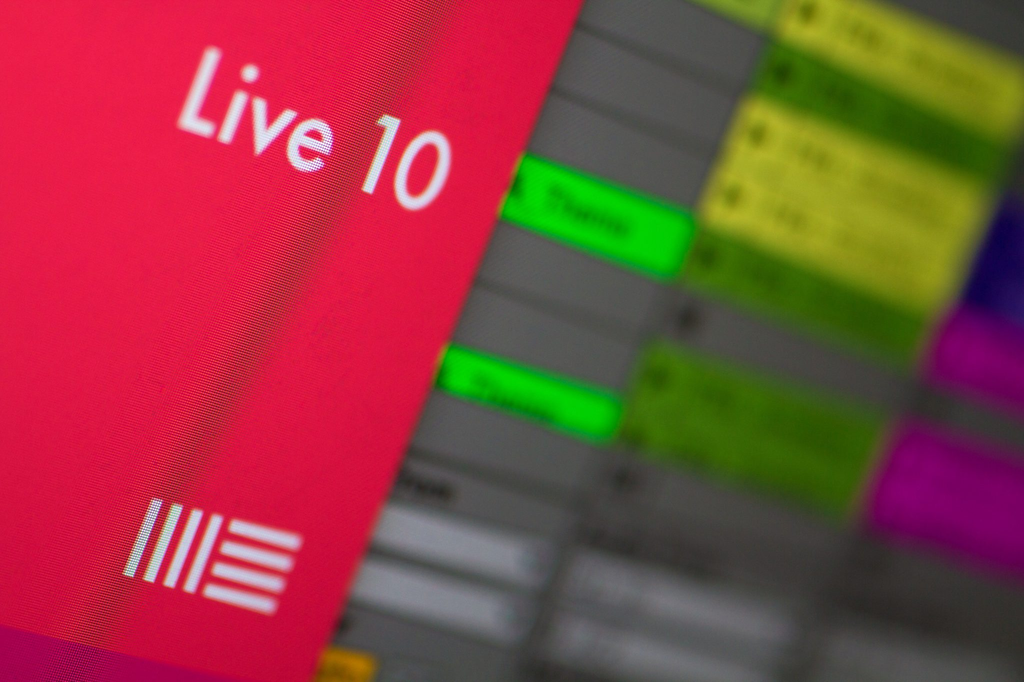 FIRST LOOK: Ray looks at Ableton Live 10 Beta 4