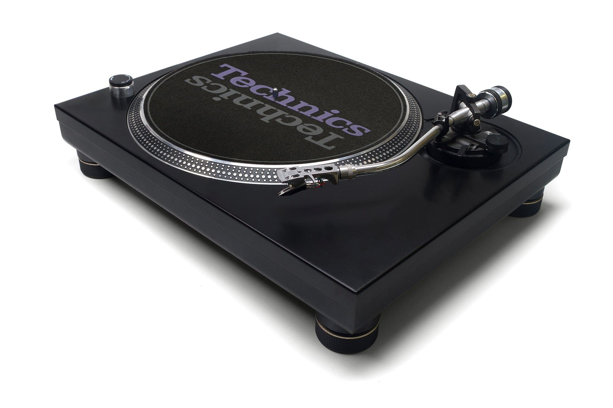 OPINION: The dumbing down of DJ turntables has to stop 5