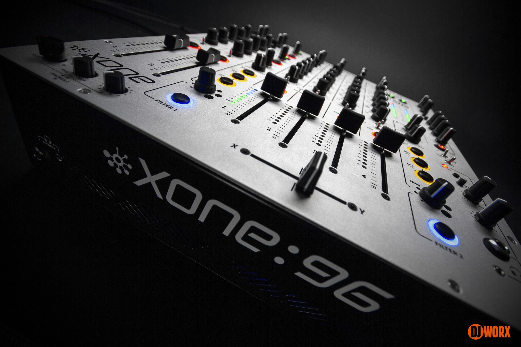 Allen & Heath Xone:96 mixer review first look preview (1)