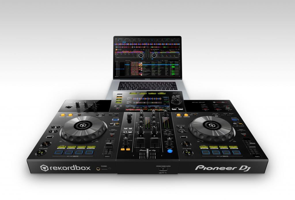 Pioneer D XDJ-RR entry level all in one Rekordbox DJ controller (8)