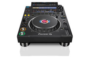Pioneer DJ CDJ-3000 media player launch (14)