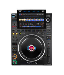 Pioneer DJ CDJ-3000 media player launch (13)