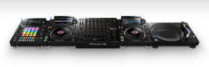 Pioneer DJ CDJ-3000 media player launch (9)